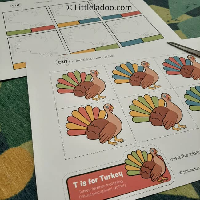 Turkey busy bag printable pages. 2 paper full of turkeys